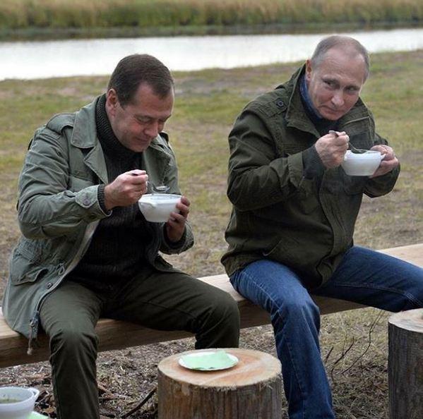 Дмитрий Медведев продолжает расти: Стас Садальский удивился новой фотографии премьера