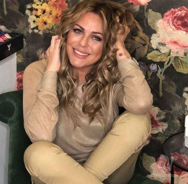 Могила Юлии Началовой утопает в цветах: дочь Ларисы Долиной трогательно обратилась к умершей подруге