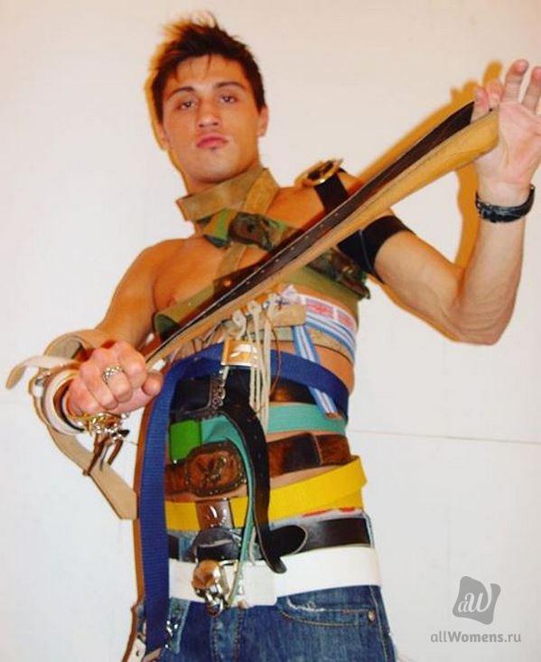 Дима Билан продемонстрировал коллекцию ремней: фолловеры упражняются в остроумии в Instagram певца