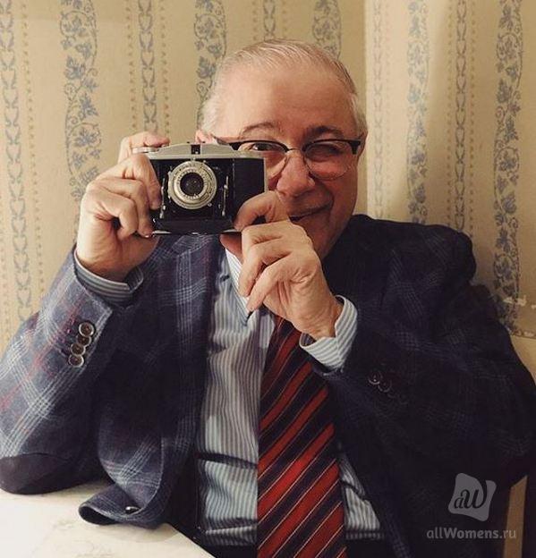 На стиле: 73-летний Петросян после развода удивляет молодёжными нарядами