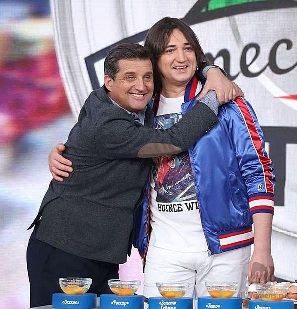 Как сегодня выглядит Николай Тимофеев: бывший лидер «Дискотеки Аварии» зачастил на телешоу