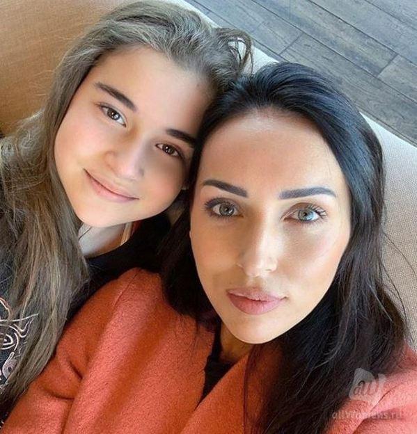 После скандала с дочерью Алсу звезда 90-х Наталья Гулькина высказалась о покупке званий заслуженных и народных артистов