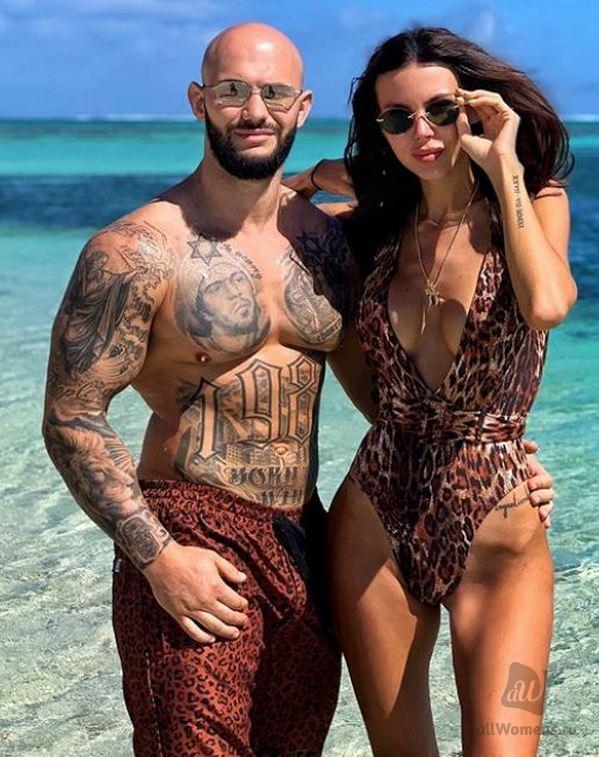 Фото Оксаны Самойловой в купальнике не понравилось фолловерам: супругу Джигана подозревают в анорексии