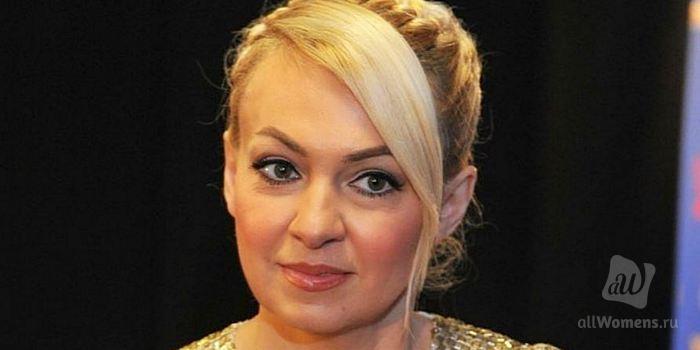 Яна Рудковская сняла клип, но подписчики посмеялись над хвастовством бизнес-леди