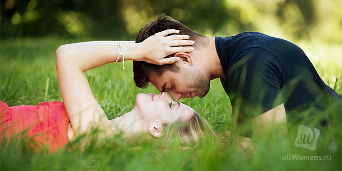 20 красивых и трогательных до слез цитат про любовь