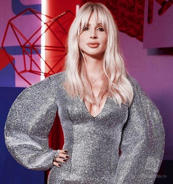 «Руки Базуки»: модный наряд Светланы Лободы не оценили интернет-пользователи