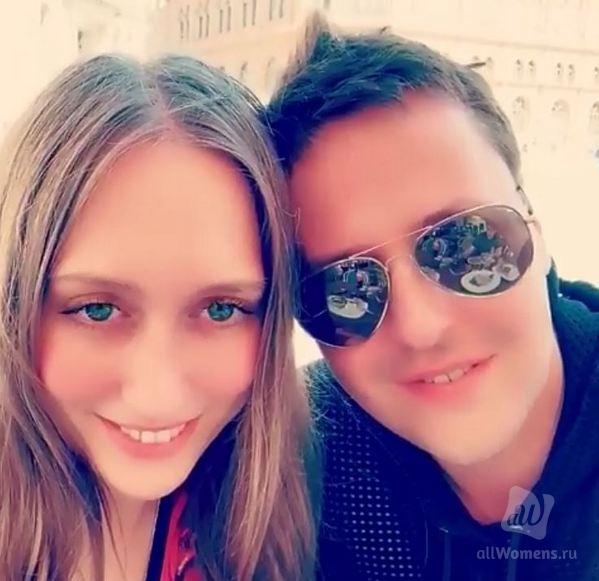 У помолодевшего Витаса и его жены вместе с морщинами разгладились носы: певец осваивает фотошоп