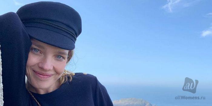 Наталья Водянова и Алика Смехова предпочитают белые купальники: знамен