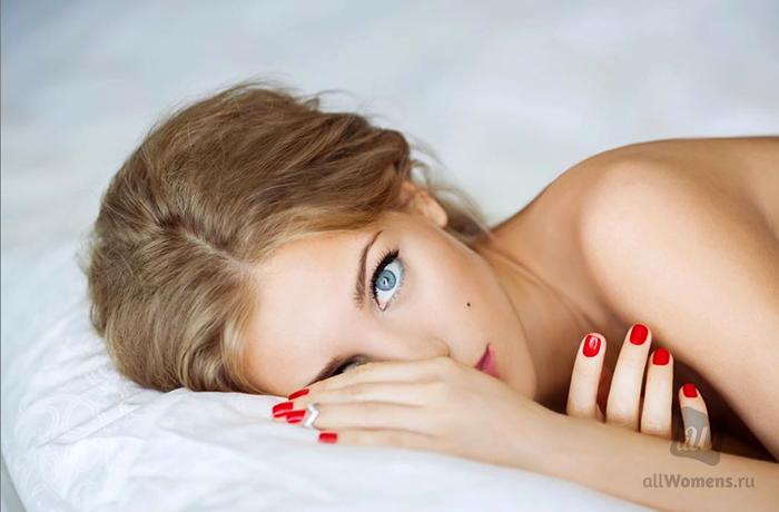 Слив горячих фото Кристины Асмус. Видео интимной сцены Асмус и Янковск