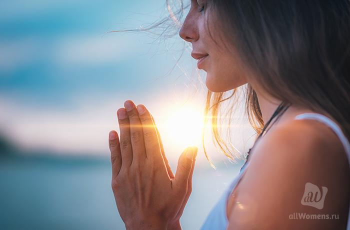 Рецепт счастья: как меняется вода под воздействием молитвы