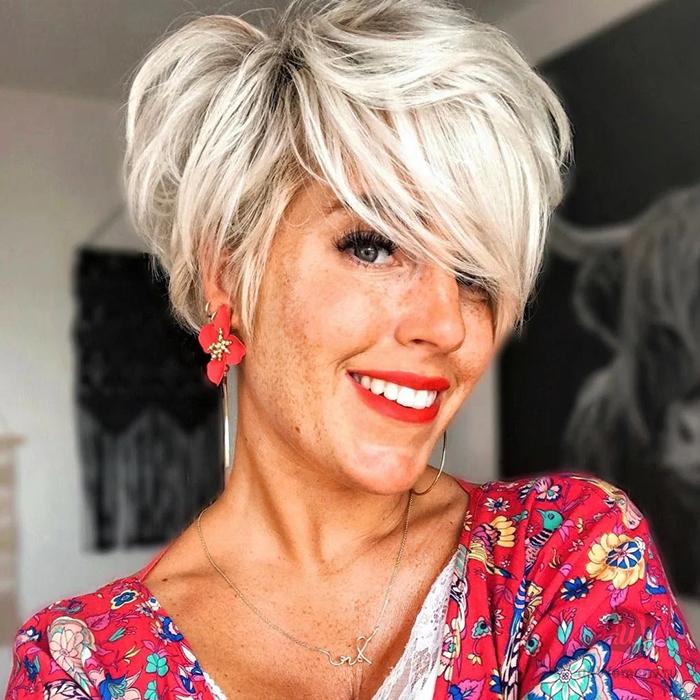 Удлиненная пикси — самая подходящая стрижка для женщин 40+