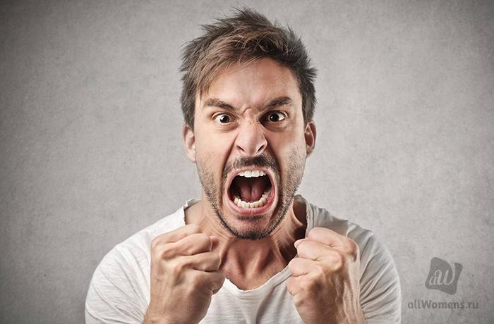 «Муля, не нервируй меня»: 5 женских бытовых привычек, которые бесят мужчин