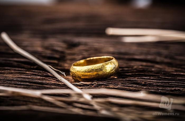 Два сильных заговора на кольцо, чтобы всегда жить в достатке