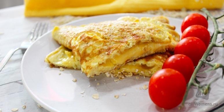Простой, сытный и полезный завтрак за несколько минут – овсяноблин. Жира – 0!